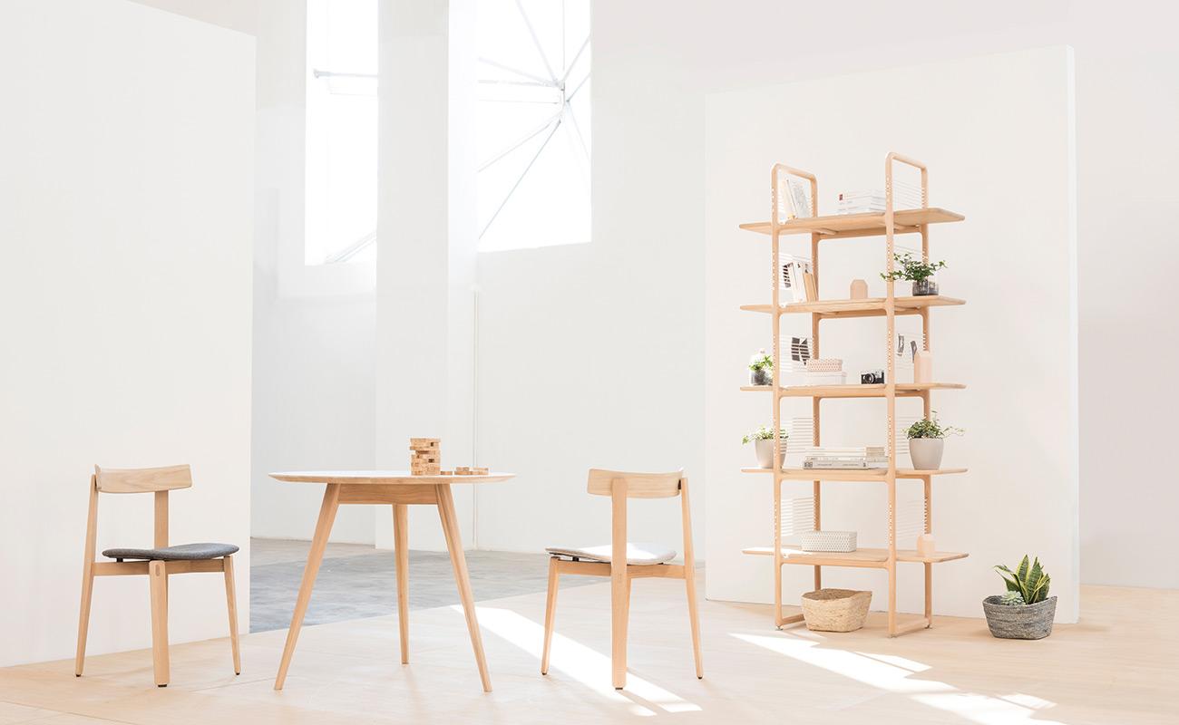 mq-am-nora-chair-stafa-round-table-muse-1